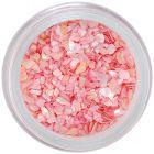 Jemne ružová dekorácia na nechty - nepravidelné úlomky