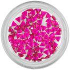 Ozdoby na nechty - malinovo ružové kamienky, trojuholník