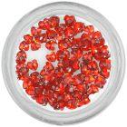 Červené kamienky na zdobenie nechtov - srdiečka