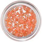Nail art oranžové ozdoby - trojuholníky, perleť